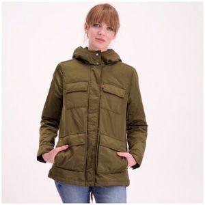 LEVI'S | Faux Fur Lined Four-Pocket Puffer Coat M
